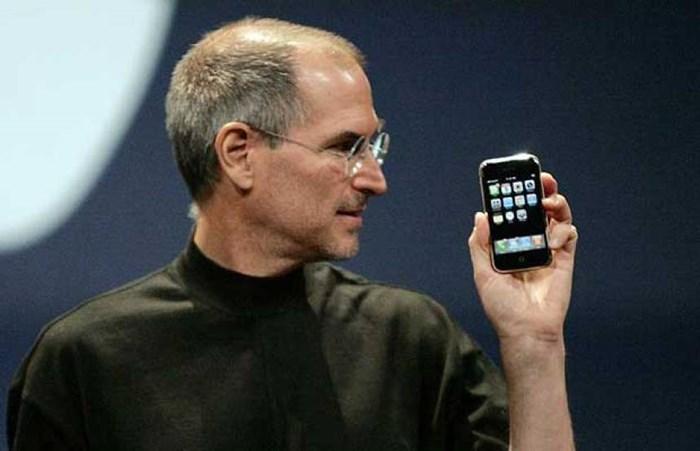 história do telefone celular jobs